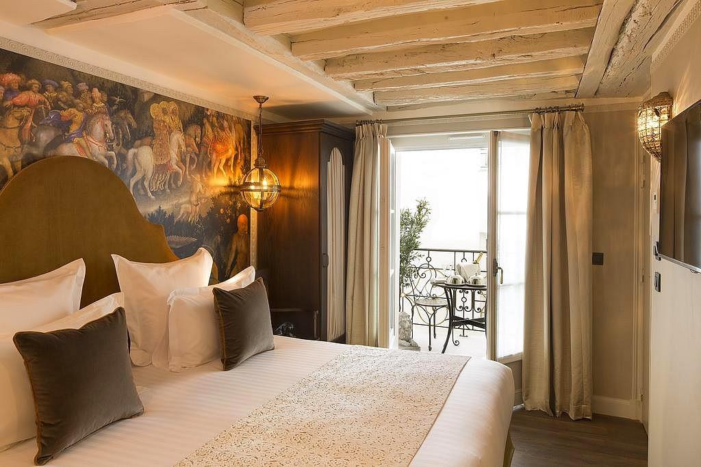 hotel paris privatif da vinci spa chambre terasse