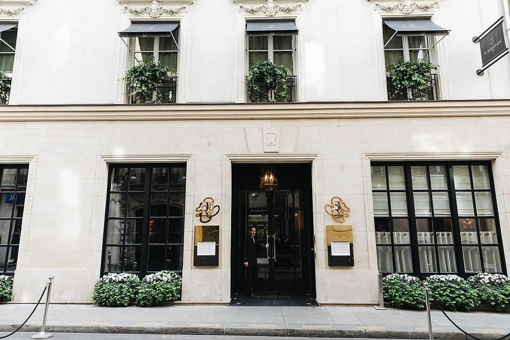 hotel privatif paris le burgundy proche champs élysées