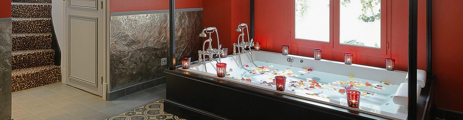header hotel privatif paris pavillon d'amour villa privative