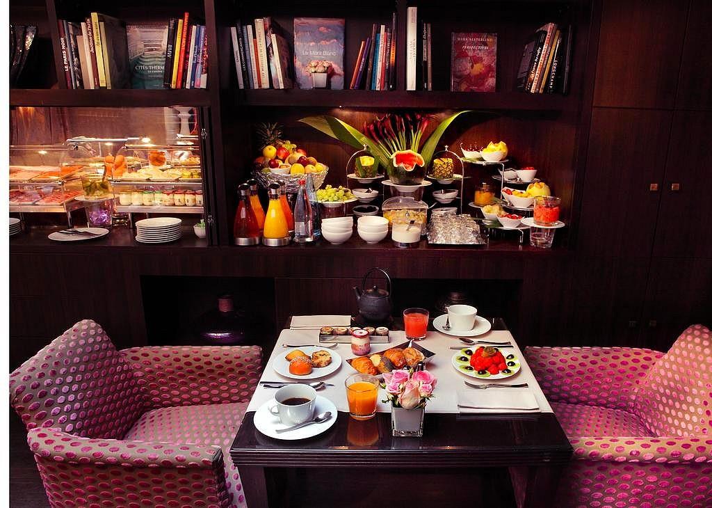 hotel privatif paris hotel champs elysee plaza diner amoureux