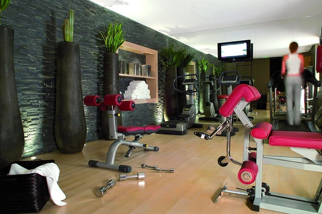 hotel privatif paris hotel champs elysee plaza fitness detente