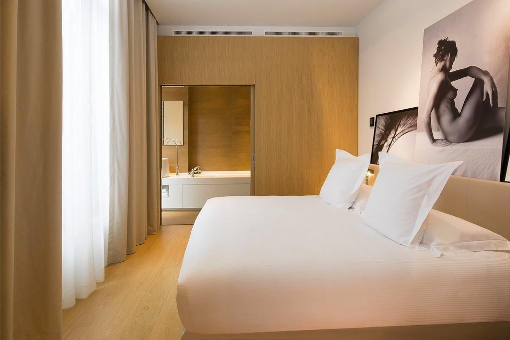 hotel privatif paris le cinq codet superieure chambre couple