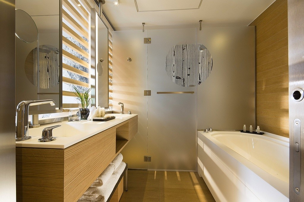 hotel privatif paris le cinq codet superieure salle de bain spa