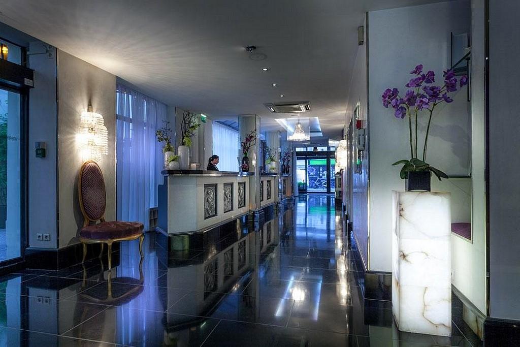 hotel privatif paris les jardins du marais couple amoureux spa