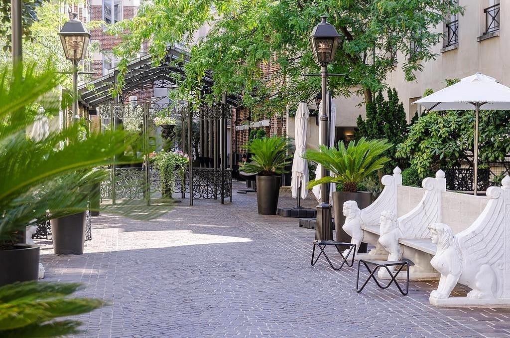 hotel privatif paris les jardins du marais terrasse amoureux