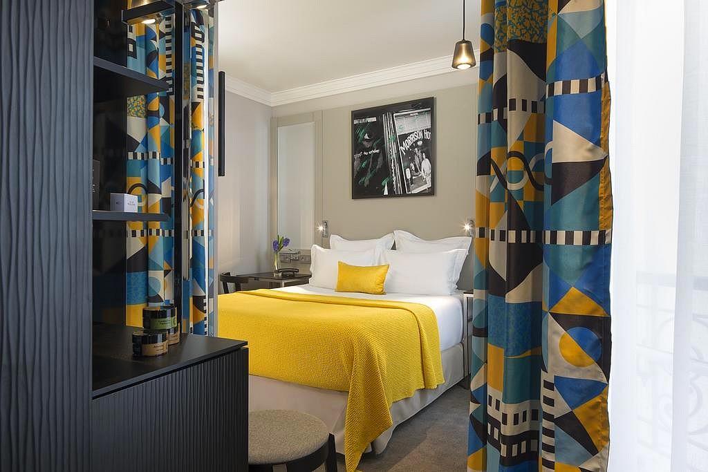 hotel privatif paris matins paris dormir eiffel
