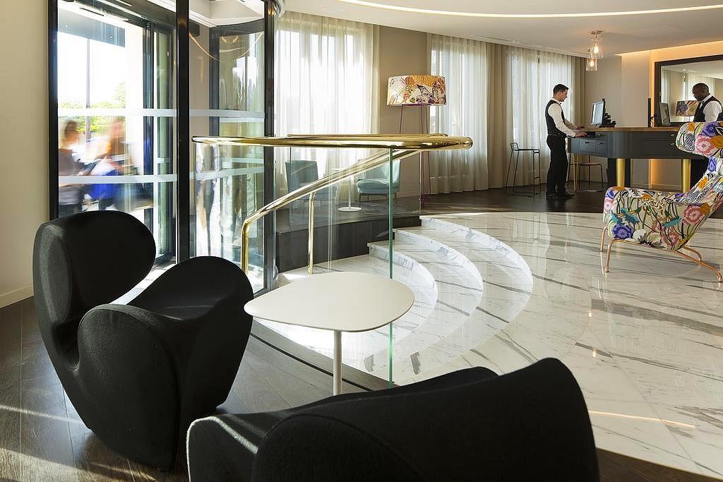 hotel privatif paris terrass couple vue tour eiffel