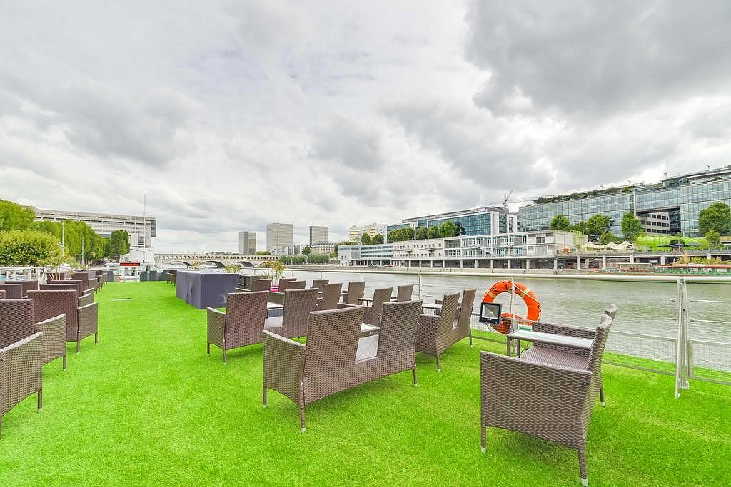hotel privatif paris vip yacht manger sur bateau