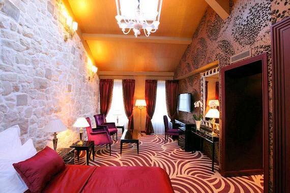 hotel du beautmont proche du moulin rouge cabaret a paris